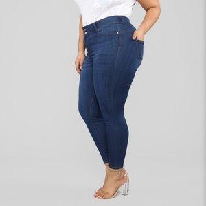Fashion Nova Napa Valley Mid-rise Jeans